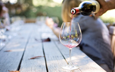 Drinking wine may help prevent dementia, study finds